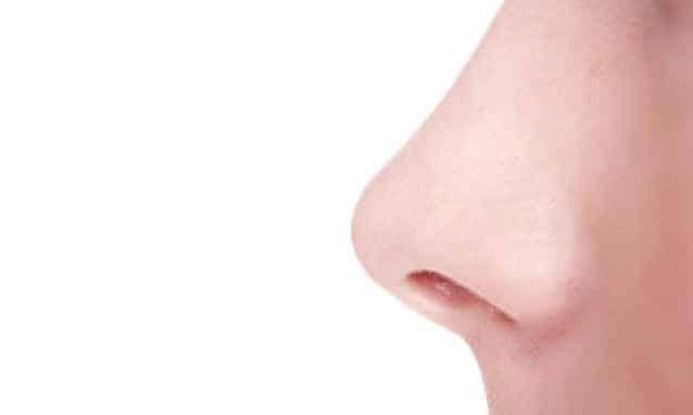 Correttore Nasale Rhino Correct: il Rimedio Naturale (Senza Chirurgia) per Modellare e Non Rifarsi un Naso Storto